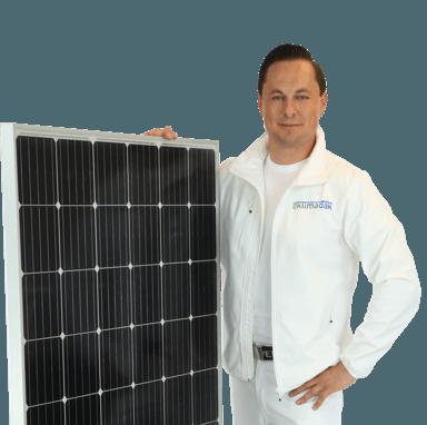 Energiedak met zonnepanelen.